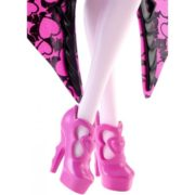 Monster High Ghoul-To-Bat Transformation Draculaura Doll 9