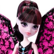 Monster High Ghoul-To-Bat Transformation Draculaura Doll 6