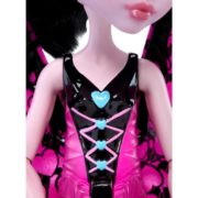 Monster High Ghoul-To-Bat Transformation Draculaura Doll 7