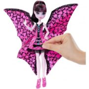 Monster High Ghoul-To-Bat Transformation Draculaura Doll 5